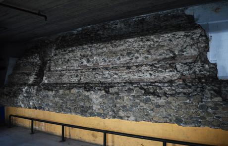 Basamento della torre romana di Via Sant_Agostino
