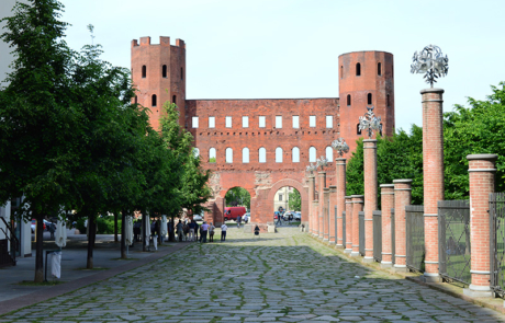 Porta Palatina e Cardo Maximus