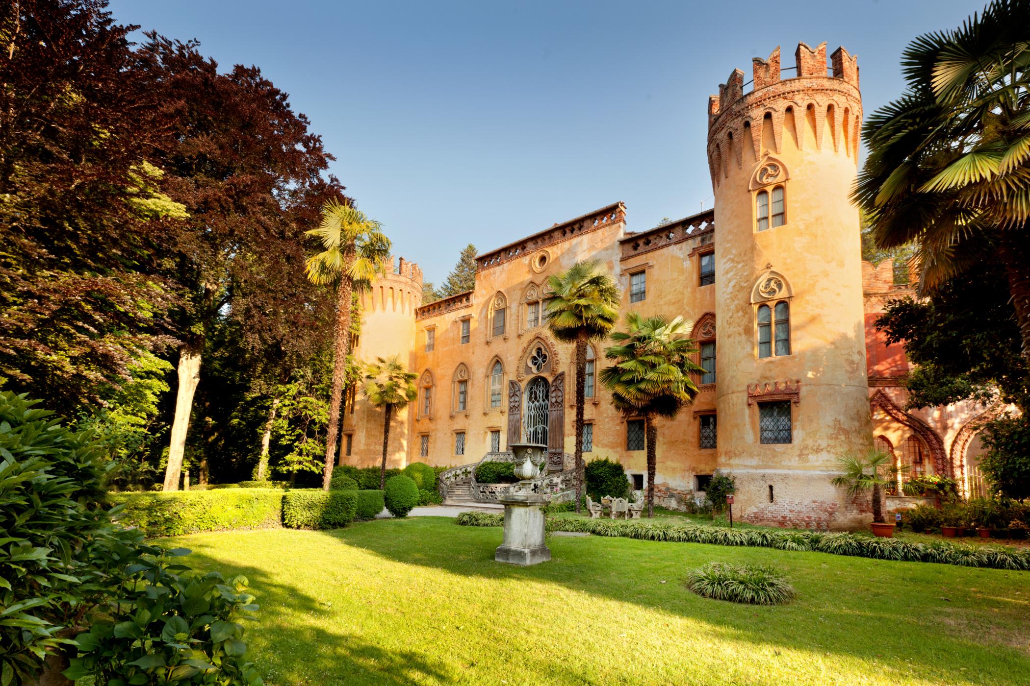 Castello-del-Roccolo